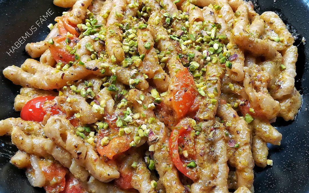 Bombette, busiate, gricie e panini gourmet: l'Italia a Milano